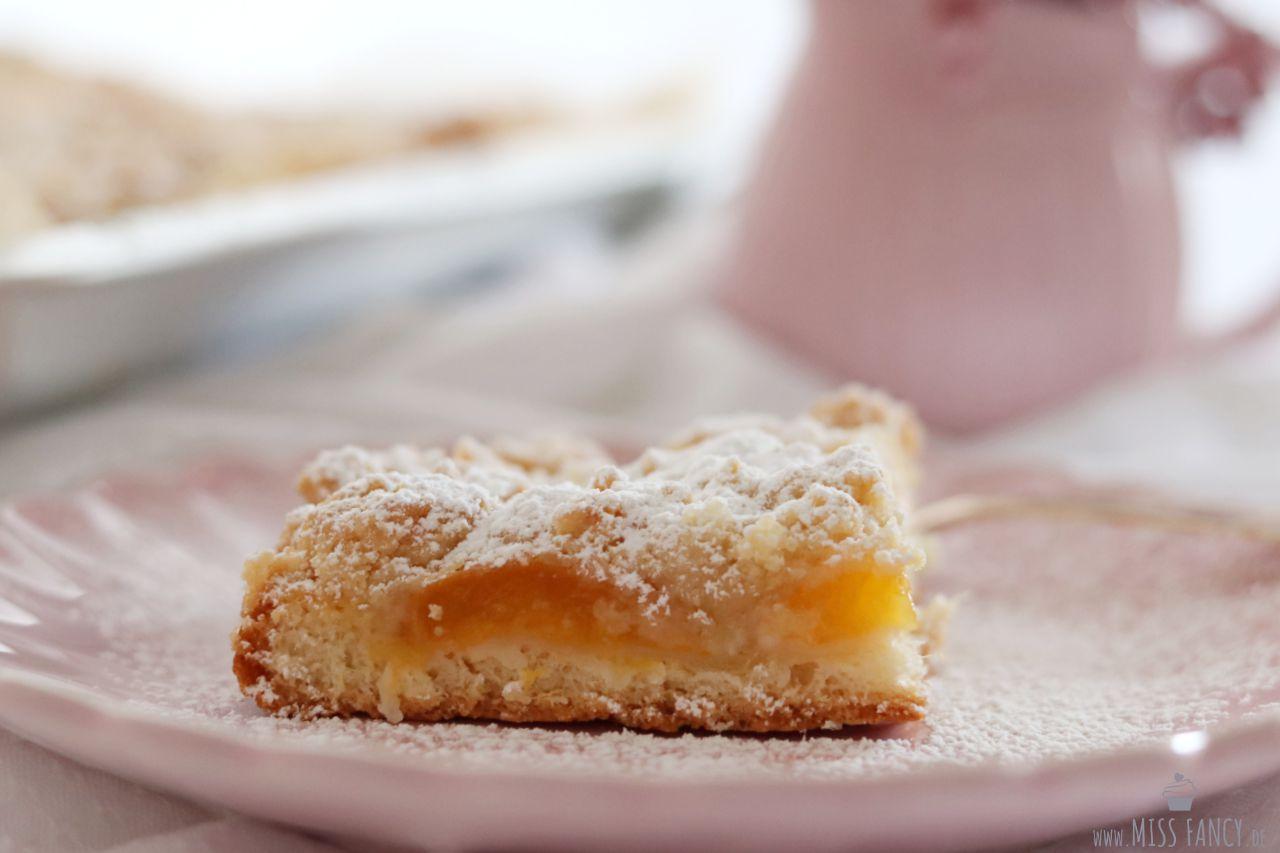 Rezept-Aprikosenstreusel-Blechkuchen