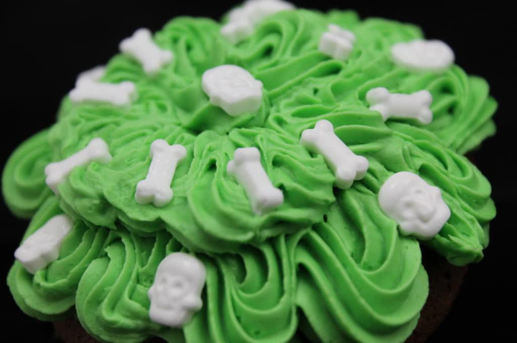 Schoko-rum Halloween cupcakes