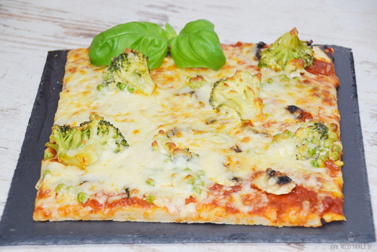 Ein Stück Pizza glutenfrei