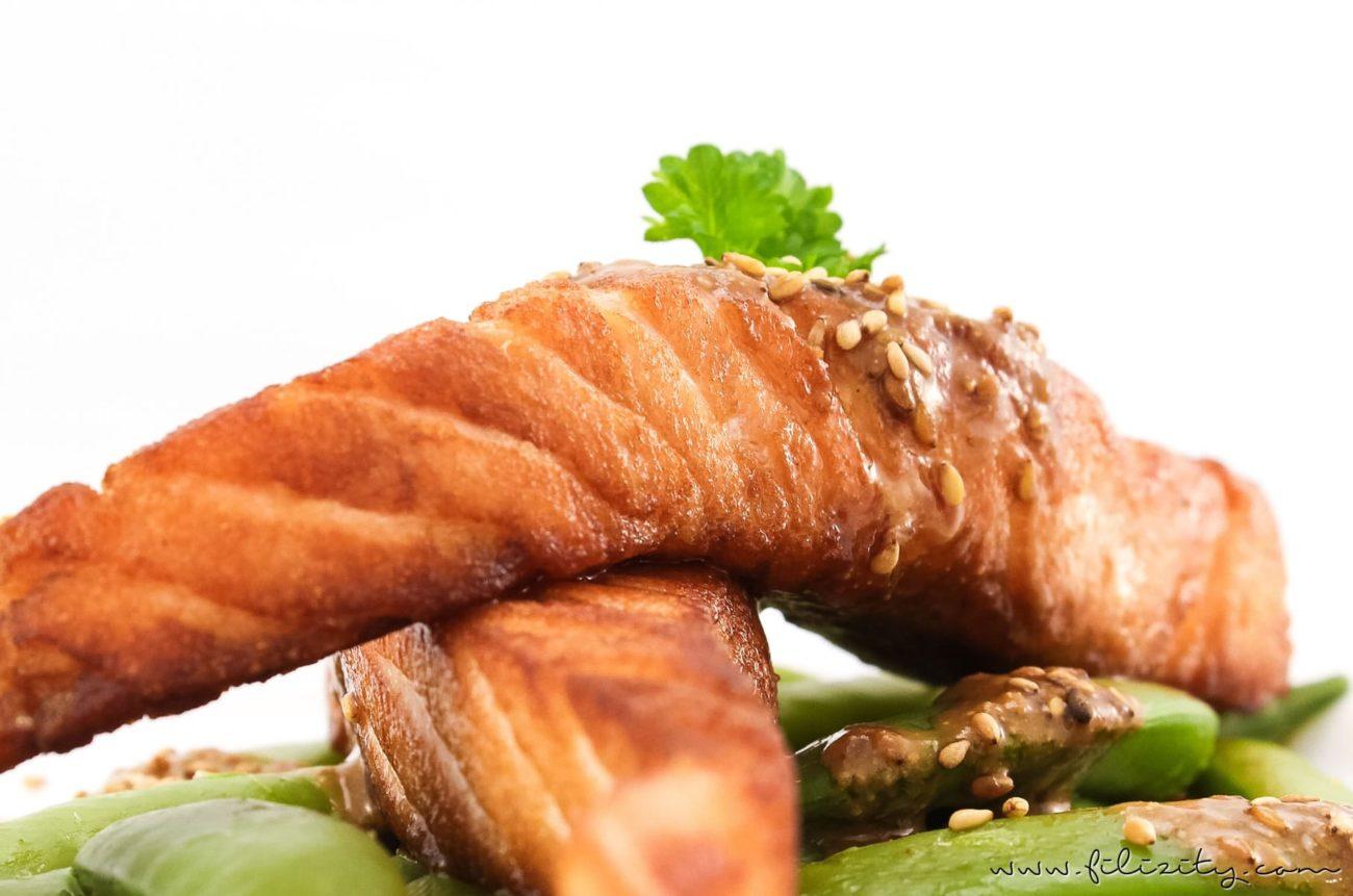Sommer-Rezept: Lachs auf Zuckerschoten mit Sesam-Soße