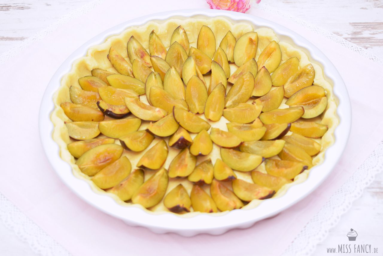 Rezept Zwetschgenkuchen mit Mürbeteigboden und Streusel Missfancy Foodblog1.