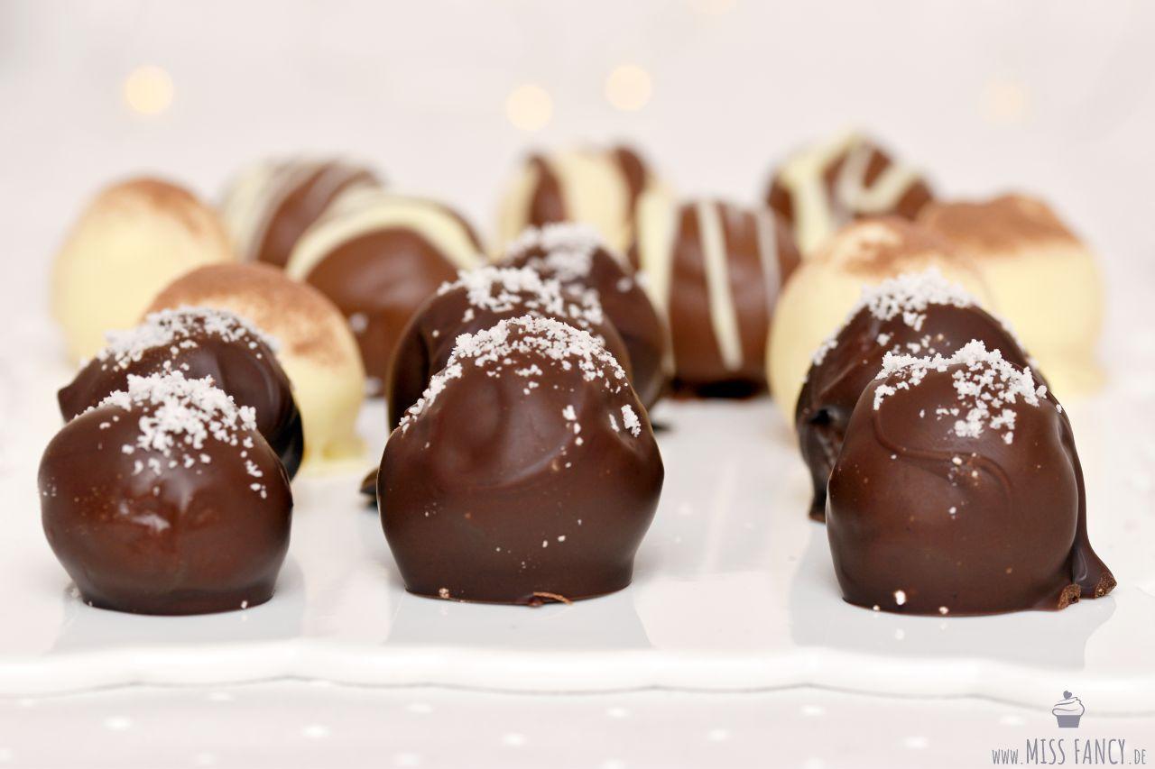 Geschenke aus der Küche: Dreierlei Milchmädchen-Pralinen zu ...