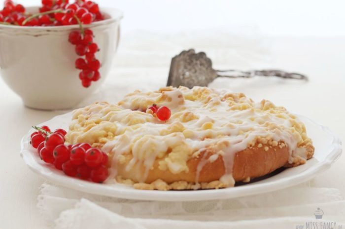 Johannisbeer Streuseltaler – lecker wie vom Bäcker